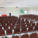 Auditorio com capacidade de ate 200 pax.