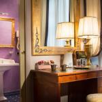 Particolare camera e bagno