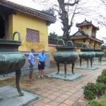 Here are four urns together standing in the shadow of the HIen Lam Pavilion