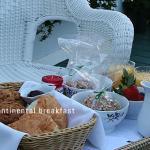 Lincoln Green Inn Carmel Bed & Breakfast