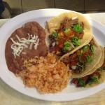 Steak taco platter