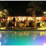 La terrasse du restaurant le soir