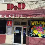 D & D Bar & Grill resmi