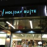 101 Holiday Suites