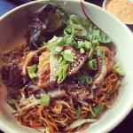 Thin egg noodles stir fried with duck ��