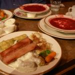 2 Mundare sausage plates and 2 borscht soups