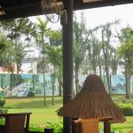 Centara Sandy Beach Resort Danang Foto