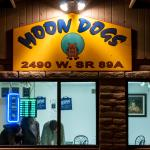 Moon Dogs Pizza at Night