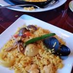 Piqueo Seafood Paella