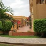 Photo de Hacienda Suites