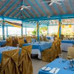 ‪Hi Tide Restaurant at Bay Gardens Beach Resort‬