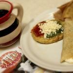 Picaditas y Quesadillas acompañadas de un buen Café de Olla