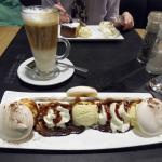 Vanilla ice-cream/meringue