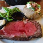 Prime rib cooked to order