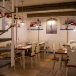 A place for a coazy chat, business dinner or even romantic night out