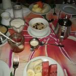 Fruit, yogurt and granola