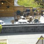 Nice fire pit/sit and meet area during day