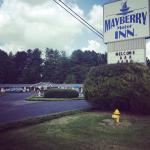 Welcome to the Mayberry Inn!