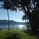 Photo de Lago Escondido