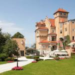 Photo of Hotel Schloss Monchstein