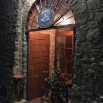 Adorabile minuscolo borgo toscano. Ristorante curato, di classe, tipico, romantico