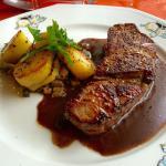 Pièce de bœuf excellente tendre et sauce parfaite