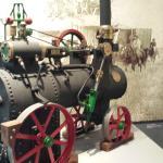Replica de tractor a vapor