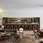 The lobby bar - bar