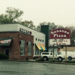 Seasons pizza Newark