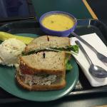 ภาพถ่ายของ Clara's Tidbits Restaurant & Catering