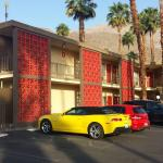 Foto de The Curve Palm Springs Hotel