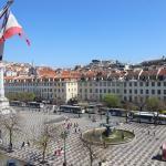 Blick von meinem Zimmer auf den Dom Pedro IV Platz