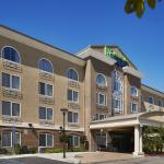 Welcome to the Holiday Inn Express & Suites San Diego/Sorrento Valley.