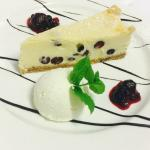 Homemade White Chocolate and Blueberry Cheesecake