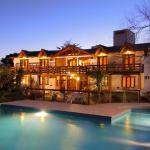 Atardecer en Posada Shemak con vista desde la piscina