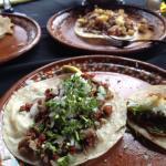 Quesadilla Hawianno & Tacos Al Pastor con pina