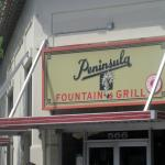 Photo de Peninsula Fountain & Grill