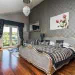 Keswick Super Luxury Suite