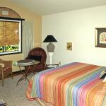 Rm 4 2 queen beds