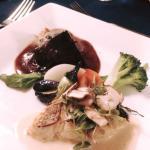 メインの魚と肉