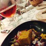 Sopa paraguaya y vino rosado