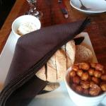 Complementary bread & roasted chickpeas