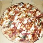 Amazing BBQ Chicken pizza