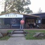 Kelly's bar & Kitchen
