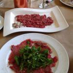 Ταρταρ και καρπατσιο Σπαλομπριζολα και φιλετο