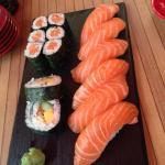 Sushi Menü Lachs :) ganz frisch zubereitet!
