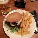 O'Kellys Irish Pub