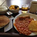 Frukost (vegetarisk, men fanns kött också för den som gillar det).