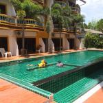 Buasri Hotel