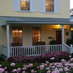 The Foxes Inn of Sutter Creek - An elegant AAA 4-Diamond Bed & Breakfast in the Gold - Wine Coun